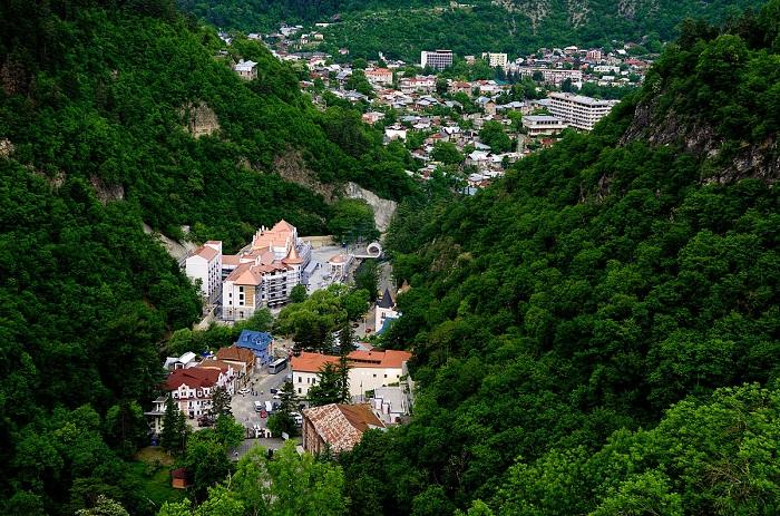 برجومی (Borjomi)