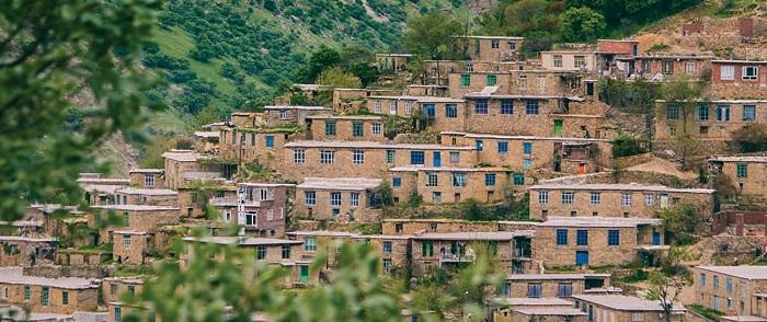 روستای پلکانی اورامان