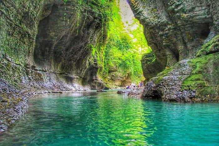 دره مارتویلی (martvili canyon)