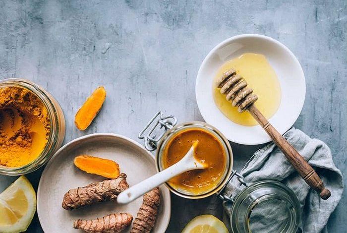 طرز تهیهآنتی بیوتیکطبیعی با زردچوبه و عسل