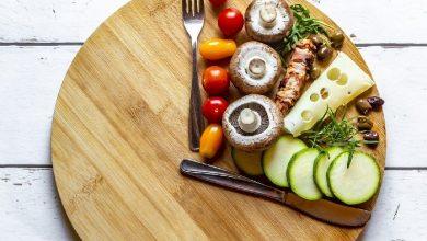 آیا غذا خوردن دیر وقت در شب سرطان زا است؟