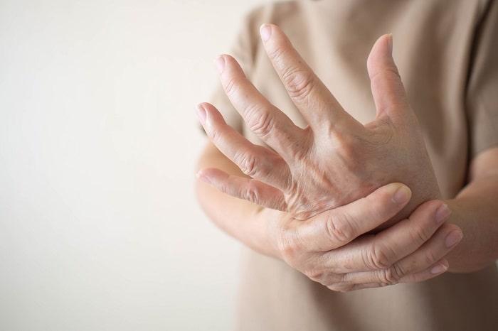 تومور دست و مچ دست